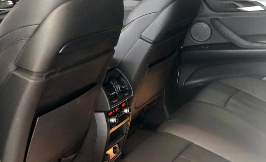BMW X6 xDRIVE35i 3.0 2017